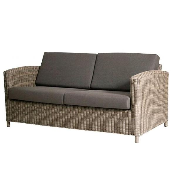4 Seasons Lodge  2.5 Seater Sofa  w/4 Cushions - Pure