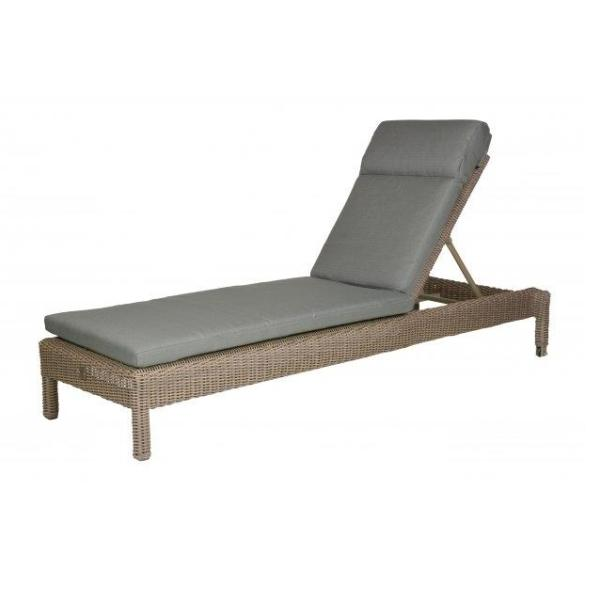 4 Seasons Mambo Sunbed W/ Cushion - Pure
