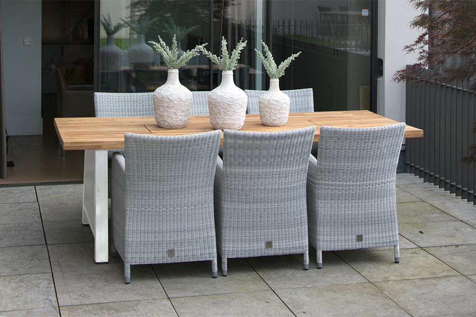 4 Seasons Icon Teak Top 300x102cm w/ Aluminium Legs