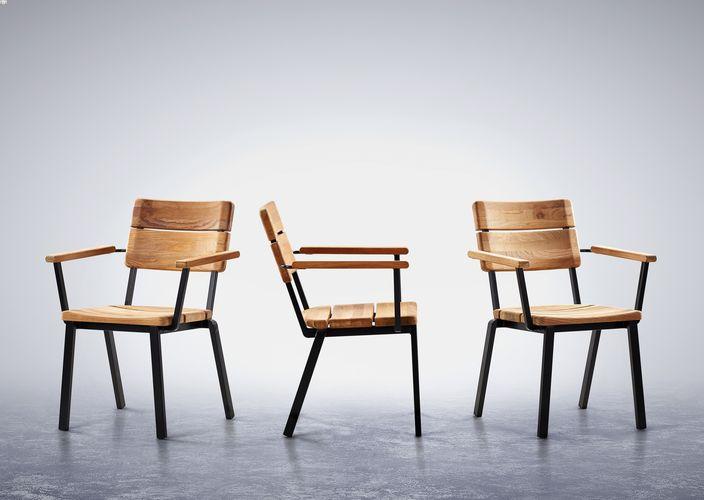 Barlow Titan Armchair - Teak/Antracite
