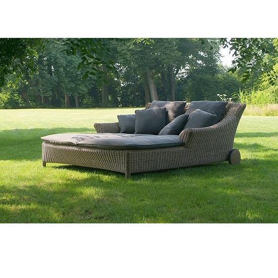 4 Seasons Valentine Double Sunbed w/ 7 Cushions - Pure