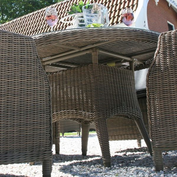 4 Seasons Victoria Table  130cm Round  w/ Glass - Pure